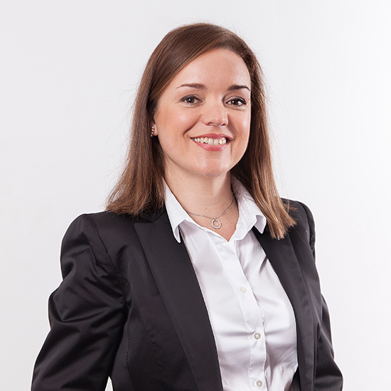 Rosa Hernández, Novalegal